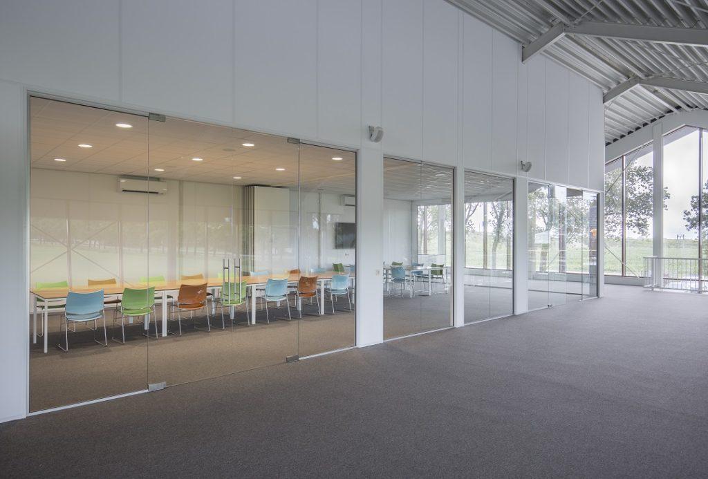 Glazen wanden Wirdum - Systeemplafonds.nl