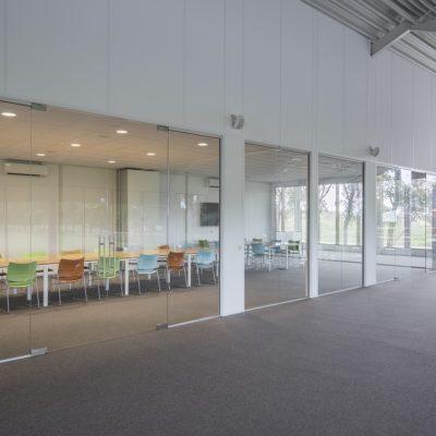 Glazen wanden Marvo systeemplafonds